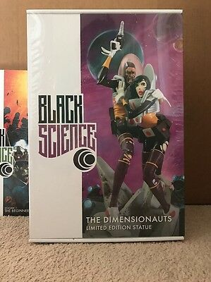 BLACK SCIENCE - Dimensionauts Limited Edition Statue - Only 500 Made - Remender