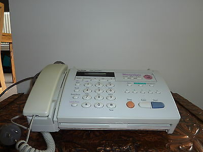 BROTHER   FAX   MACHINE  520 with 2 cartridges IN GOOD CONDITION