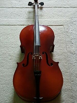Cello Quarter Size by Rossetti Stradivarious with soft case and accessories
