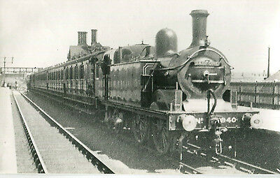 Postcard size photograph Great Northern Railway GNR G Class 0-4-4T No 940 hbrd