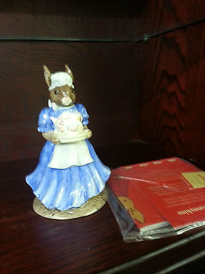 Royal Doulton MOTHER BUNNYKINS BOXED Excellent Condition FREE P&P