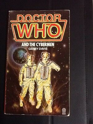 Doctor Who And The Cybermen Target Book