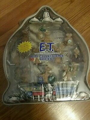 E. T. The Extra Terrestrial Mini Collectibles Series 1