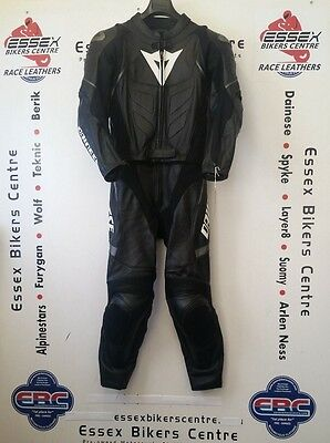 Dainese Avro Two Piece Motorcycle Leathers Suit Black EU 48 UK 38 Chest - EXC