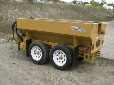 New Metalplessis SM1500 sidewalk salt and sand spreader