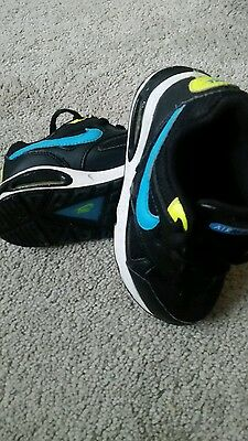 Boys Nike Air Max Trainers size 8.5