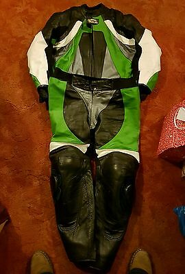 2 piece motorcycle leathers Green 6XL UK52