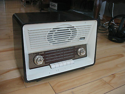 Vintage Rogers Majestic R211A AM/SW Tube Radio European-Style Works