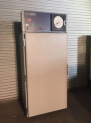 Bahnson Evironmental Specialties ES2000  Reach-In Series Lab Stability Chamber