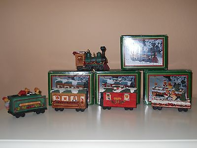 1st Edition 1994 World Bazaar North Pole Express 5 Piece Train Set-Liberty Falls