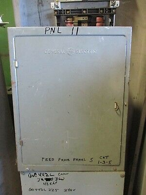 GE 125 Amp Main Lug 3 Phase 120/208 Volt 12 Circuit Load Center- E609