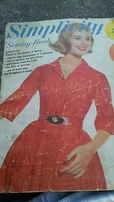 Simplicity Magazine 1962 160 pages Patterns