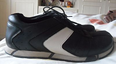 Ladies Clarks Black Leather Lace up Shoes / Trainers size 51/2