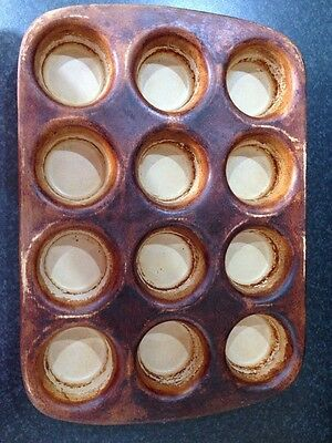 Pampered chef Muffin / Yorkshire Pudding Stoneware Baking Tray