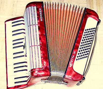 Sale !  Made In Germany Piano Accordion Hohner Arietta Im Case And Strasp