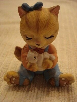 Miniature Cat Sitting and Holding Kitten (BC) Collectible Figurine