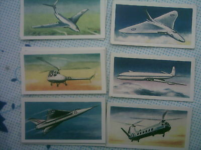 aircraft of the world,Halpins [tea cards]
