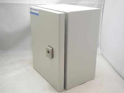 Chint Steel Electrical Control Panel Enclosure Lockable Hinged Door Backplate