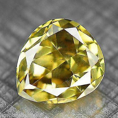 Diamante NATURAL Fancy golden yellow,0,24CTS VS1