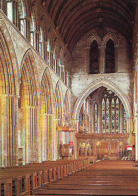 OLD POSTCARD - SCOTLAND - Dunblane Cathedral - The Nave