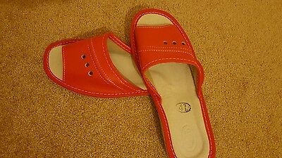 womens leather slippers sandals size 6.5