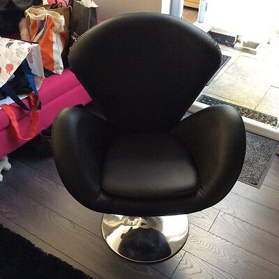Beauty4Less Black Salon Chair BNIBCollection from Harlow, Essex