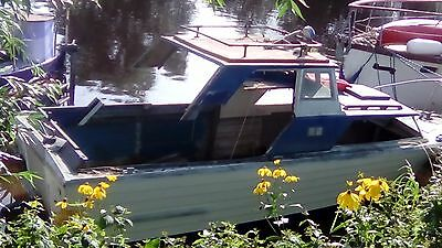 22ft Teal Project Boat, ideal for Fishing or as Cruiser