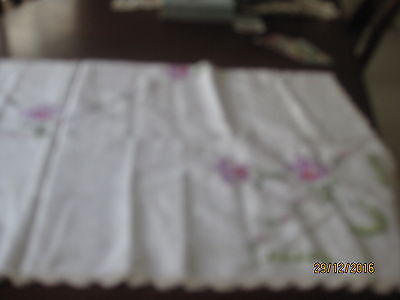 Most Beautiful Hand Embroidered & Crocheted Tablecloth Mauve Flowers