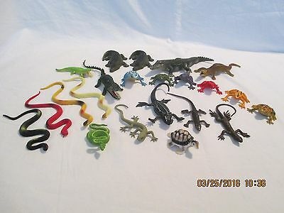 Plastic Toy Snakes Gators Turtles Frogs Lizards Lot of 22