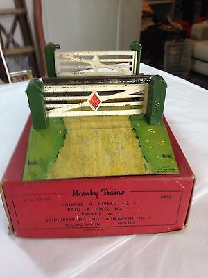 Vintage Hornby O Gauge No.1 Level Crossing
