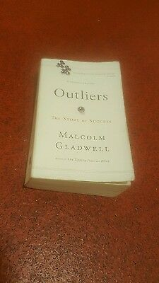 Outliers: The Story of Success 9780316056281 by Malcolm Gladwell, Paperback ❤❤❤
