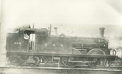 Postcard size photograph Great Northern Railway GNR G Class 0-4-4T loco No 944.