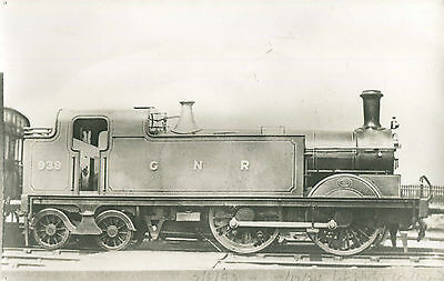 Postcard size photograph Great Northern Railway GNR G Class 0-4-4T loco No 939,