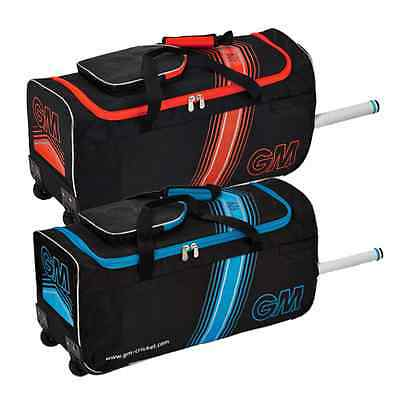 Gunn and Moore 606 Junior Wheelie Cricket Bag