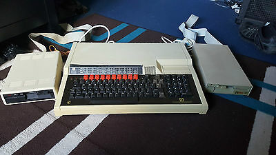 vintage BBC master series computer 2 x drives