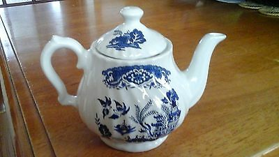 Blue and White Transfer Ware 2-cup teapot