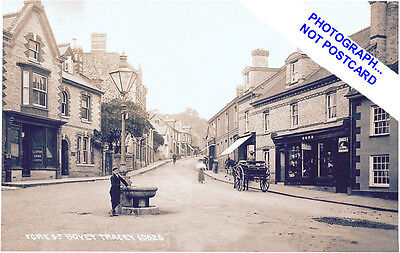 Bovey Tracey. Boy At Fountain - Lloyds Bank. Horse Carriage, Fore St-Devon.