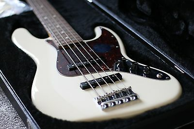 Fender American Standard 5 String Jazz Bass Guitar Olympic White with Hard Case