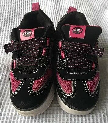 girls heelys size 1 With Flashing Lights.