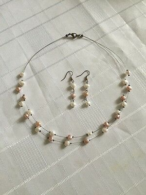 Freshwater Pearls Necklace & Earrings White & Pink Pearls