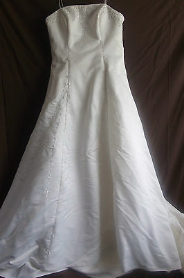 Margaret Lee wedding dress, ivory, A-line, strapless, new, size 16. REDUCED!!