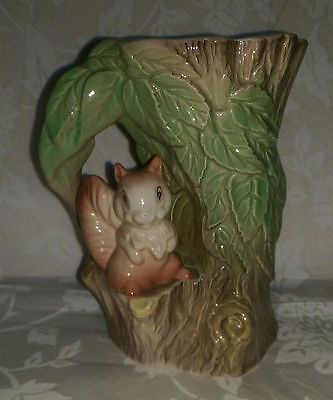 Withernsea Fauna Pottery Vase - Tree with Squirrel No. 75