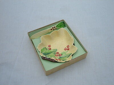 VINTAGE CARLTON WARE HAND PAINTED YELLOW  BUTTER  & SPREADER - BOXED -Circa 1940