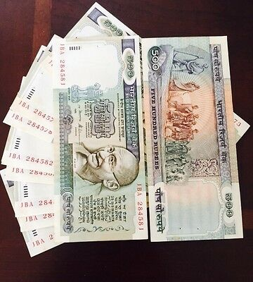 500 Rupees 3rd Issue India Notes Rangarajan  Green Color Very Rare UNC Cond