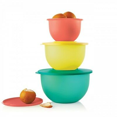 Tupperware IMPRESSIONS CLASSIC BOWL 3-piece Mixing Bowl Set 5.5, 10 and 18 Cup