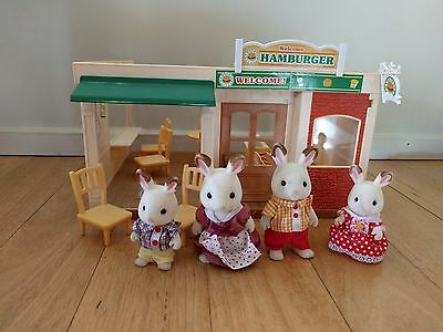 Sylvanian Families Burger Restaurant (With People)