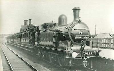 Postcard size photograph Great Northern Railway GNR G Class 0-4-4T loco No 822 h