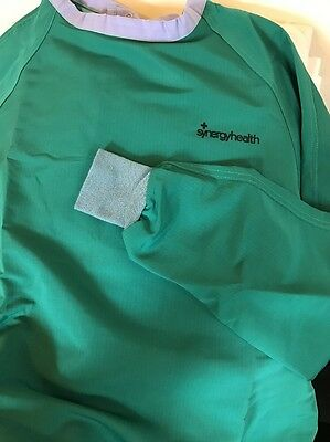 Synergyhealth Reusable Level 2 Surgical Gown Liquid Resistant Light Weight NPFA