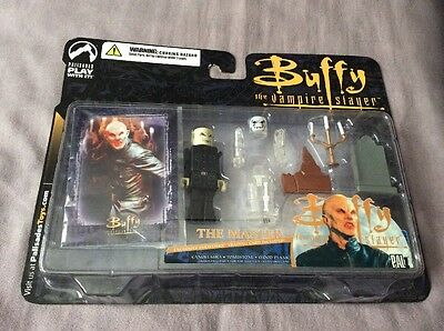 Buffy The Vampire Slayer The Master Palz Figure, Accessories & Card Palisades