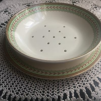 Royal Doulton Strawberry Lettuce Strainer Dish And Plate